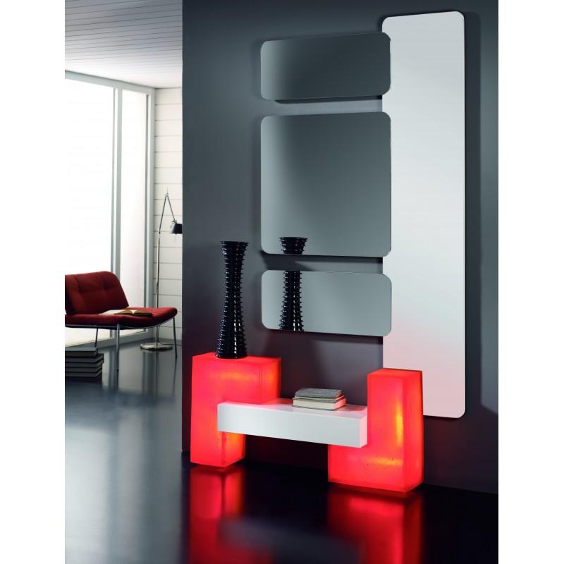 Recibidor moderno con dos m dulos luz blanco y rojo muambi - Recibidor moderno blanco ...
